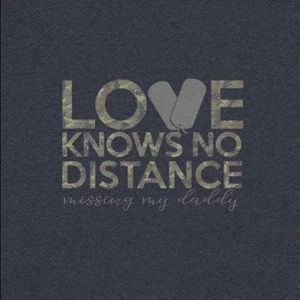 "Toddler T-Shirt ""Love Knows No Distance"" Navy"